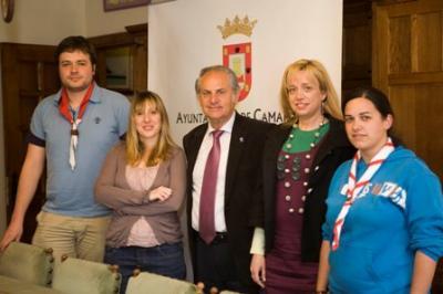 Todos los Scouts de Cantabria se reúnen para celebrar a San Jorge en  Camargo